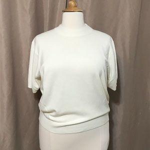 EUC cream Sag Harbor short sleeve sweater size 2X